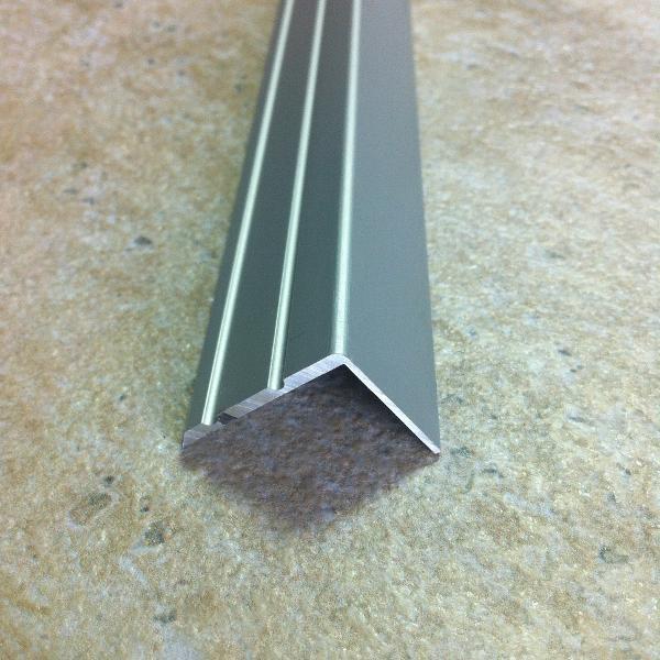 ATS25-Protecție treaptă cu caneluri din eloxALUM 20,25x20mm