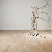Parchet triplustratificat Karelia Dawn Stejar Ivory Stonewashed 3 lamele